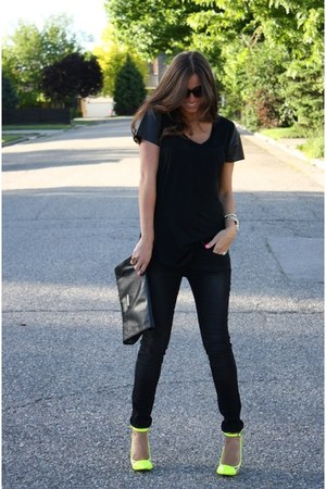 black Steve Madden bag - black windsor glasses - black windsor blouse