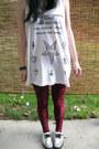 Tuk-shoes-monki-leggings-actual-pain-top