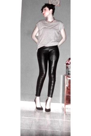 black Stradivarius leggings - silver Bershka t-shirt - black Bershka heels