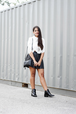 white lace Forever 21 top - black ankle Forever 21 boots