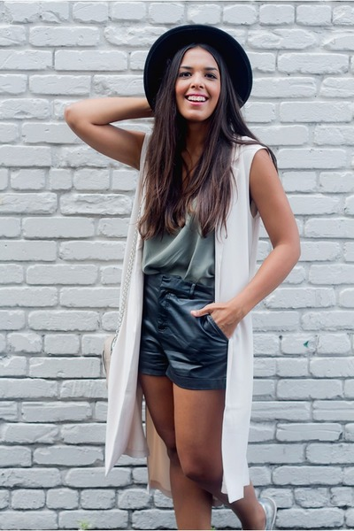 black faux leather Forever 21 shorts - off white long Forever 21 vest