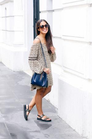 black Zara dress - navy Zara bag