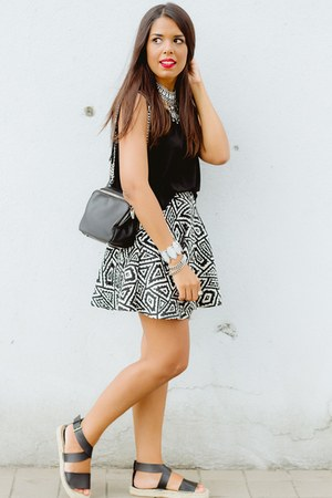 black espadrilles Forever 21 shoes - black aztec print Zara skirt