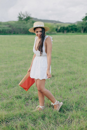 white eyelet PacSun shorts - burnt orange bag - white eyelet PacSun top
