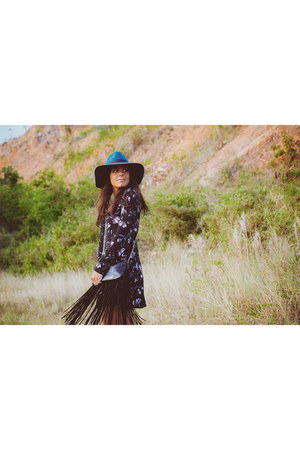 teal wide brim Kendall & Kylie for PacSun hat