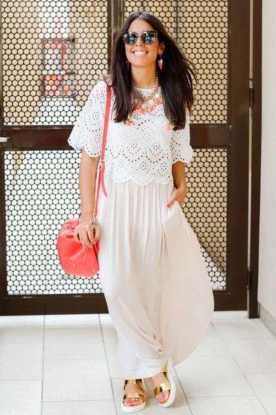 coral Zara bag - carrot orange baublebar necklace - white lace Zara top