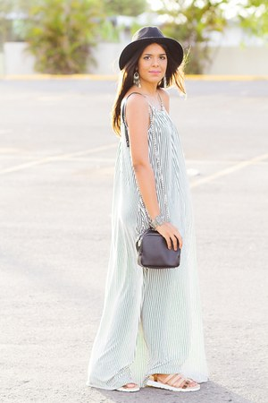 black striped maxi Zara dress - black wide brim Forever 21 hat - black Zara bag