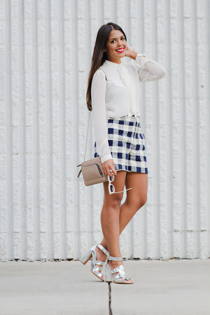 navy plaid Zara shorts - ivory bow Zara top - silver metallic Zara heels