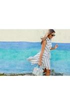 light blue striped Forever 21 dress