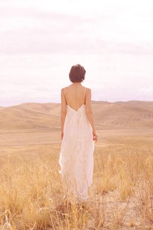 AIAJAN JAXYBAI dress