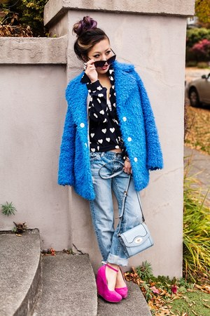 sky blue faux fur Topshop coat - sky blue boyfriend vivayou jeans