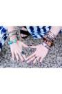 Camel-asos-hat-navy-free-people-sunglasses-blue-forever-21-jumper