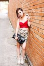 Red-crop-top-tobi-top-dark-khaki-camo-print-charlotte-russe-skirt