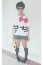 white DIY Hello Kitty Shirt t-shirt - blue denim DIY denim cut offs shorts