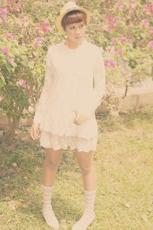 tan mesh thrift hat hat - off white lace white sammydress dress