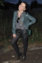 Zara jacket - Topshop shorts - H&M ring - Topshop glasses - H&M blouse