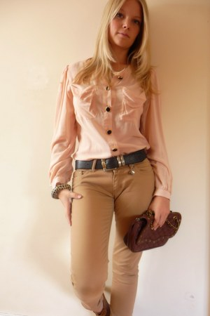 Peacocks heels - zoo jeans - Primark shirt - Marc B bag - Dolce & Gabbana belt
