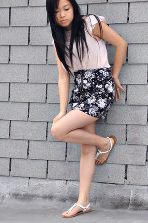 beige H&M blouse - black H&M skirt - white Forever21 shoes