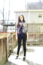 thrifted shoes - Forever 21 jeans - H&M shirt - H&M scarf