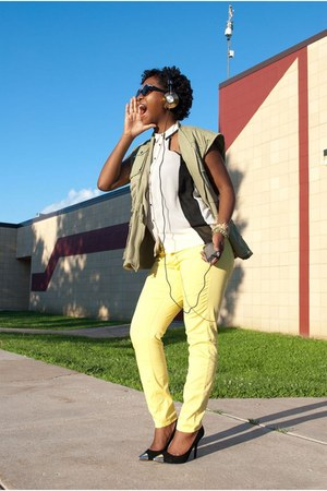yellow H&M jeans - ivory unknown shirt - lime green unknown vest