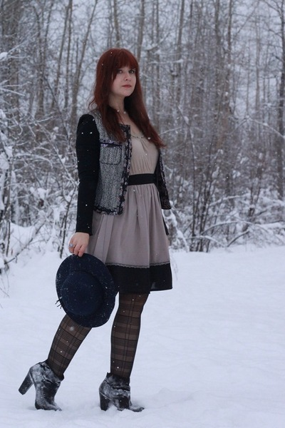 BCBGeneration jacket - kirra boots - blush pink lace thrifted dress