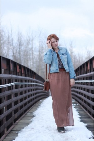 nude Forever 21 skirt - army green thrifted boots