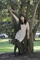 Stradivarius scarf - Mango dress - Calzedonia panties - H&M shoes