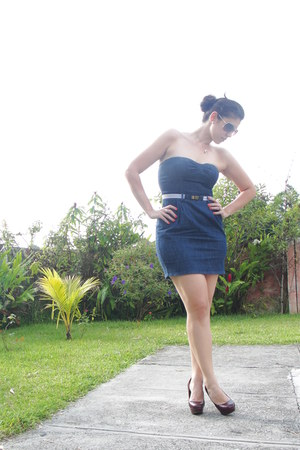Pull & Bear dress - Zara sunglasses - Zara pumps