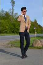 H&M shirt - Bruno Errigo shoes - c&a tie - Christian berg pants - H&M belt