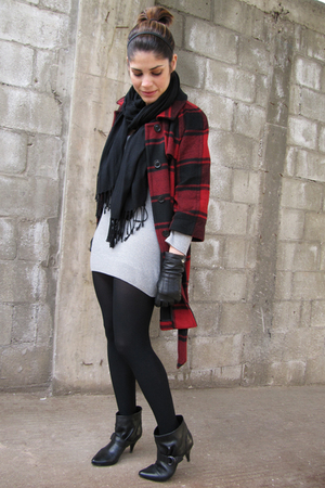 red Gap coat - black vintage scarf - gray Lacoste dress - black coach gloves - b