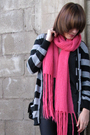 Pink-banana-republic-scarf-black-american-apparel-t-shirt-american-apparel-l