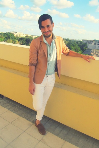 nude Forever 21 blazer - periwinkle American Apparel top - white Hot Topic pants