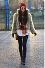 Ruby-red-no-name-hat-gray-deichmann-boots-cream-ae-woman-faux-fur-jacket