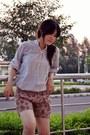 Vintage-shirt-floral-print-thrifted-vintage-shorts-nude-pink-vintage-wedges