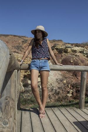 vintage shorts - Primark hat - vintage blouse