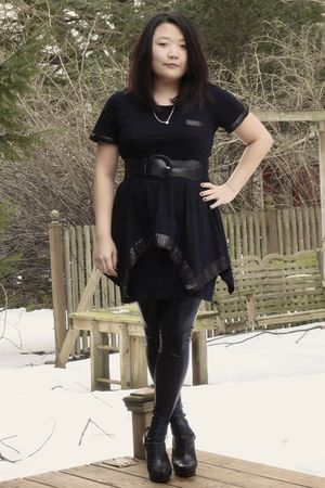 black Romeo &amp; Juliet Couture shirt - black American Apparel skirt - black Romeo 