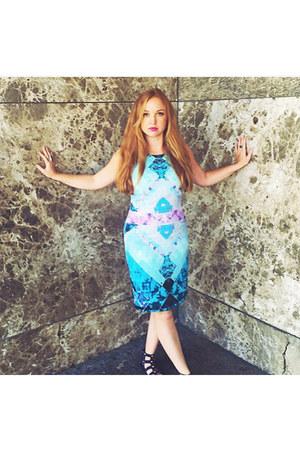 blue Vince Camuto dress