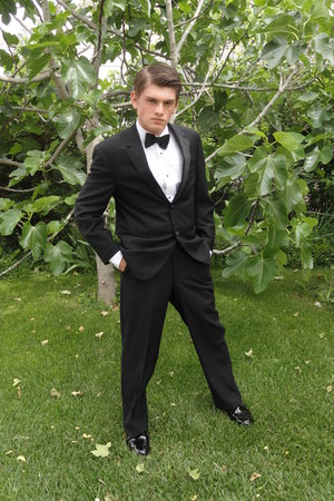 black tuxedo calvin klein jacket - tuxedo Classix shirt