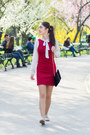 Red-poema-dress-black-oversized-new-yorker-blazer-black-clutch-c-a-bag