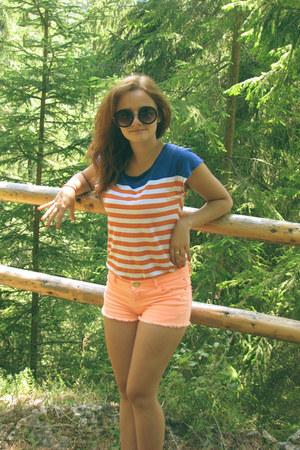 meli melo sunglasses - Stradivarius t-shirt - Bershka pants