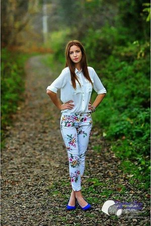 H&ampM shirt - Zara pants - Deichmann heels