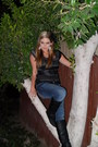 Black-black-leather-wet-seal-boots-navy-denim-jeans-bke-jeans-charcoal-gray-