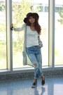 Black-comfy-topshop-shoes-blue-distressed-spicy-avenue-jeans