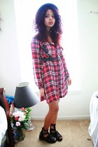 black bowler hat windsor hat - ruby red tartan H&M dress