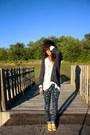 Navy-take-out-cardigan-navy-tiesel-town-pants-white-glamourous-blouse