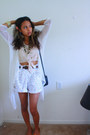 Black-mini-purse-target-bag-nude-crop-top-charlotte-russe-shirt-white-shorts