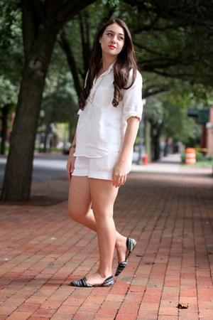white H&M shorts - white Velvet Heart blouse - white and black Report flats