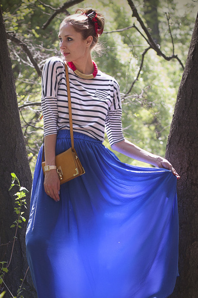 blue maxi Mango skirt - burnt orange across body Massimo Dutti bag