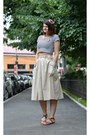 Beige-vintage-skirt-navy-random-brand-t-shirt-brown-h-m-sandals-red-handma