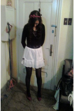 white skirt - red shoes - black tights
